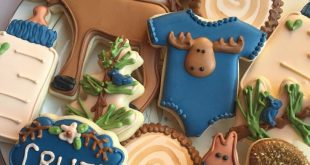Woodland moose themed baby shower cookies by Krauft Cookies in Fayetteville, Ark...