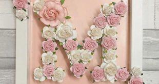 Holzbuchstaben Hand bemalt und verziert mit hochwertigem Büttenpapier Blumen. V...